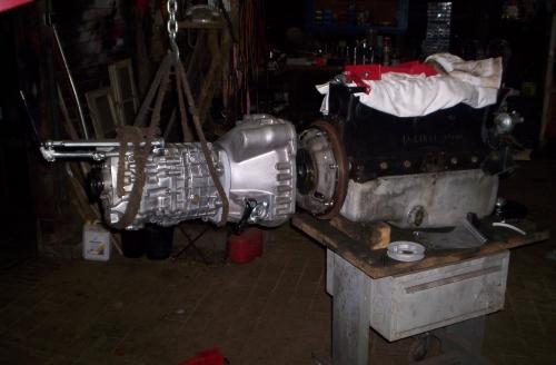 Zusammenfügen von Motor und Getriebe