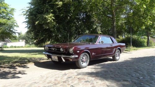 1966 Ford Mustang Hardtop Coupé Black Cherry