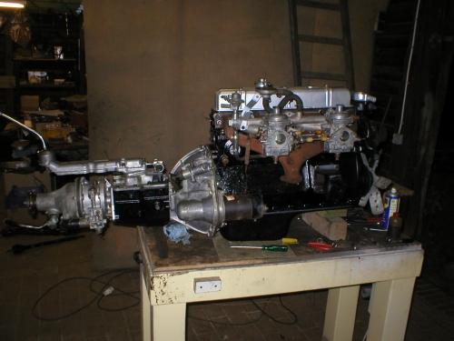 einbaufertige Motor/Getriebeeinheit